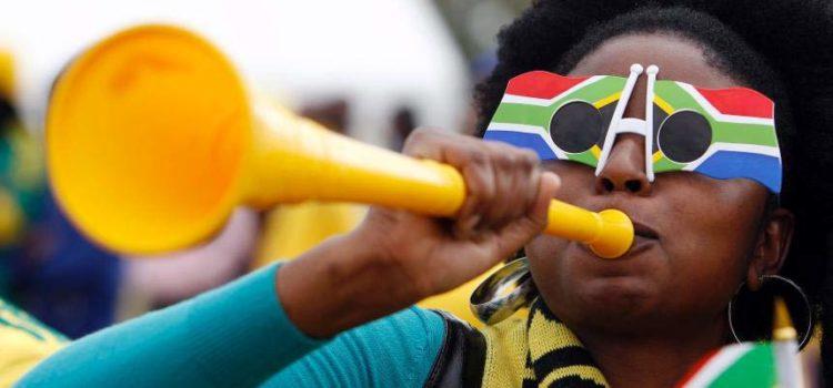 """La storia della vuvuzela: lo strumento musicale """"tormentone"""""""
